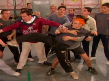 César y PC se pelean por Tajna