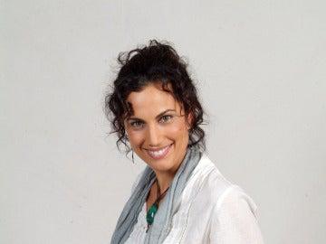 Toni Acosta es Estela Miralles