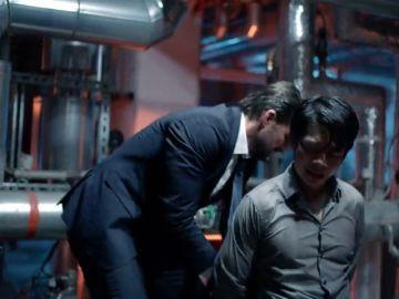 Felix rescata a su amigo Lee